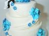 bruidstaart_blauw_bloemen_eclair_gebak