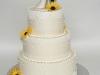 bruidstaart_eetbaarkant_hand-gemaakte-_zonnenbloemen__eclairgebak