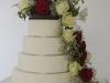 bruidstaart_met_verse_bloemen_eclairgebak_1